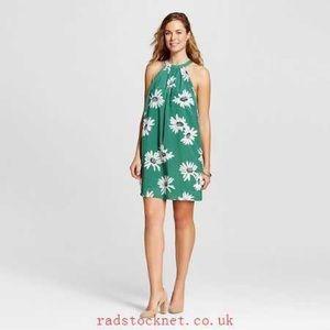 NWT Isani Dress green daisy